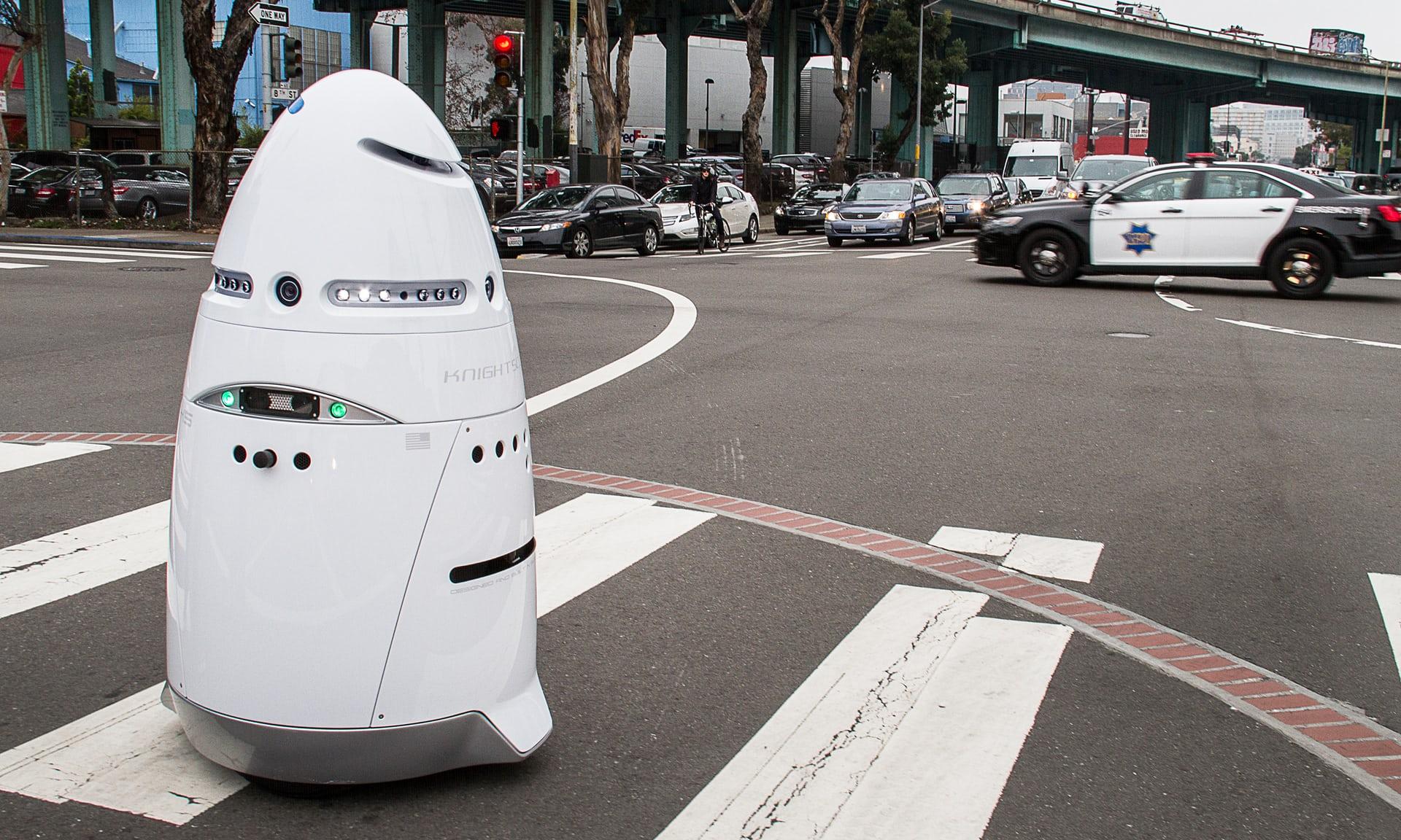 Каким должен быть дизайн роботов будущего?
