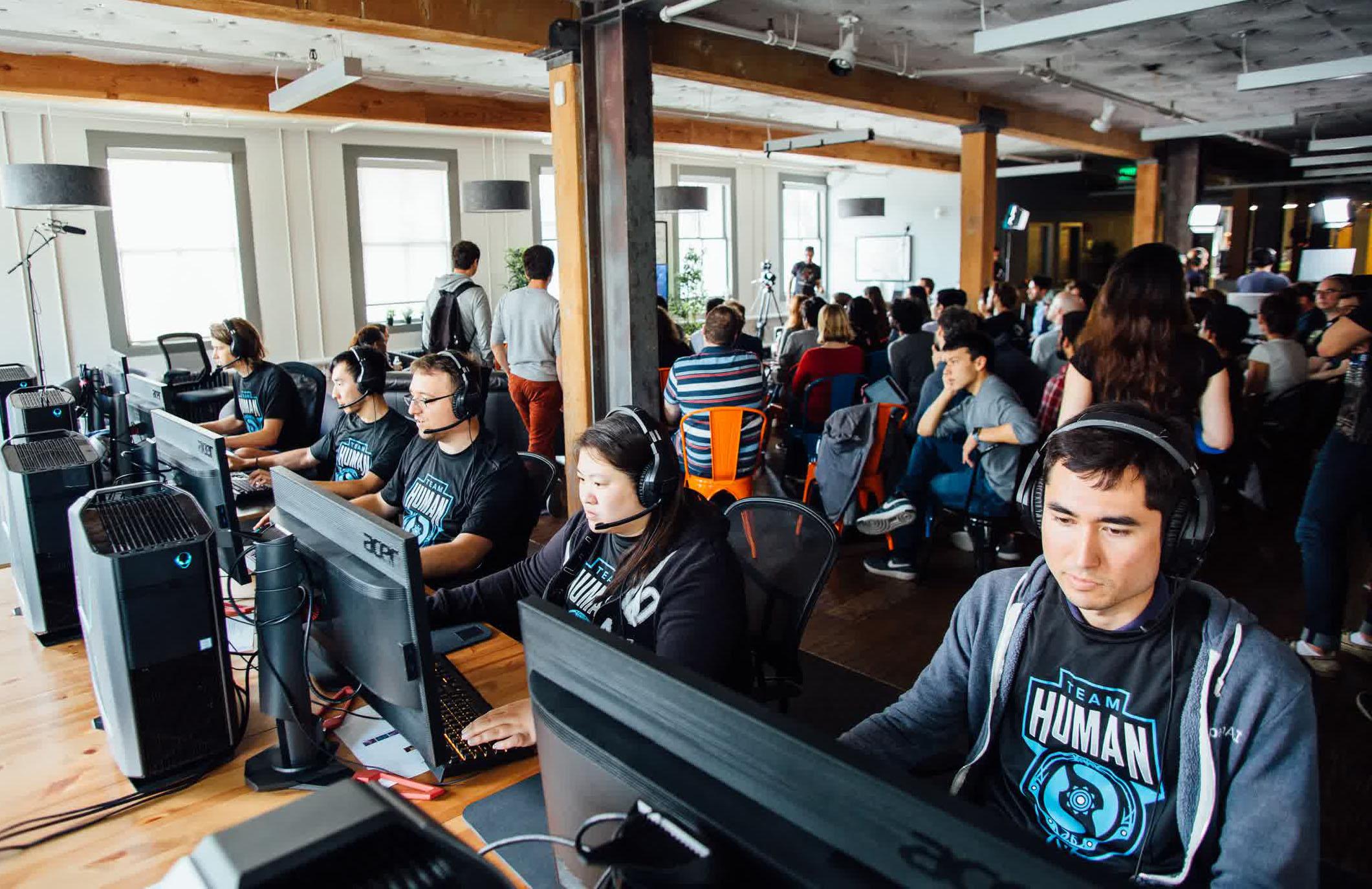 OpenAI Five — команда из пяти ботов, которая нацелена победить чемпионов Dota 2