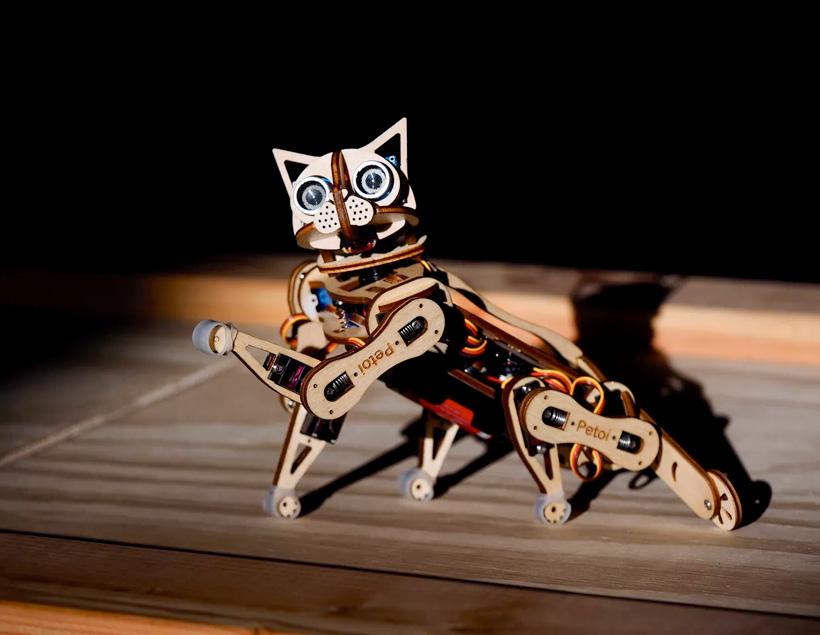 Nybble – грациозная робокошка на Arduino
