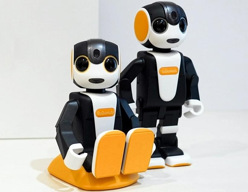 RoBoHon — робот-смартфон из Японии