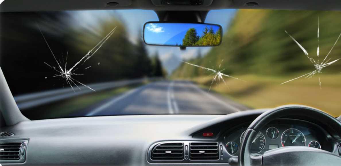 Как с помощью обычного суперклея устранить трещины на стекле автомобиля
